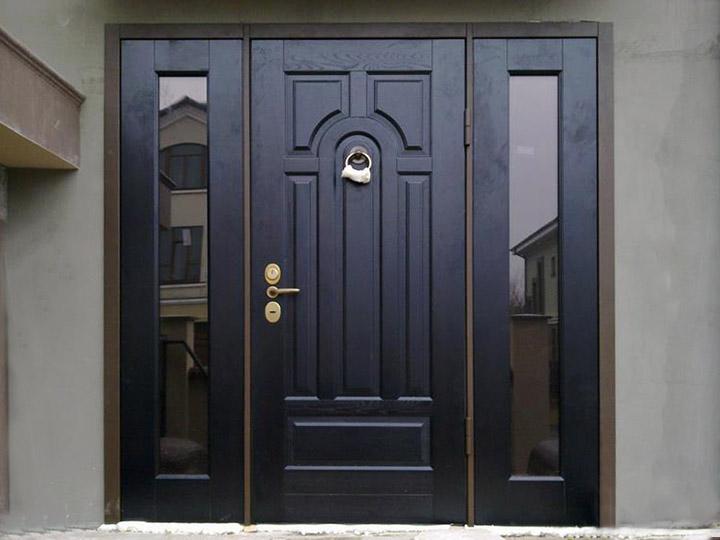 Двери для бани (50 фото): входные двери из липы с окном на